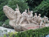 智取华山八勇士-红色雕塑石雕像